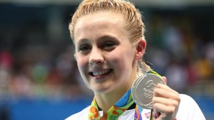 Siobhan-Marie O'Connor (GBR) with her silver medal after the women's 200m individual medley final
