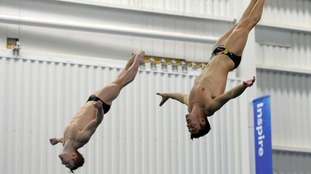 Divers Jack Laugher and Chris Mears spring their way to ...