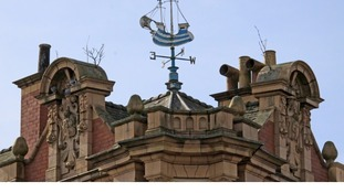Weather Vane on top of the Waterloo Hotel, Smethwick
