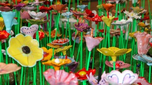 1,000 ceramic flowers will be on display