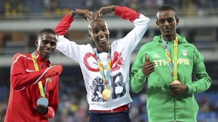Mo Farah has won gold in the men's 10,000m.