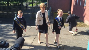 Sturgeon's education pledge on visit to Hawick school