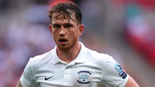 Preston striker Garner keen on move to Scotland