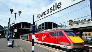Virgin Trains East Coast workers suspend strike action