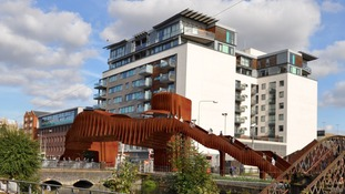 Possible render colour for proposed bridge at Brayford level crossing