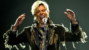 A plaque is to be unveiled in honour of David Bowie's aleter ego Ziggy Stardust
