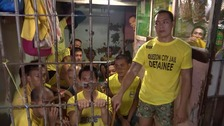 Manila jail full as deadly war on drugs sees thousands surrender
