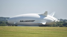 World's largest aircraft Airlander 10 crashes on test flight