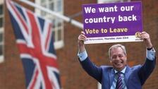 Donald Trump seeks winning tactics of Brexiteers