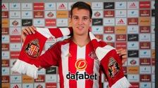 Sunderland sign Manquillo