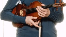 300-year-old violin returned to owner from London train.