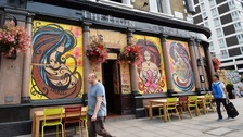 Notting Hill businesses board up windows for Carnival