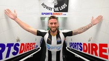 Striker Daryl Murphy joins Newcastle United