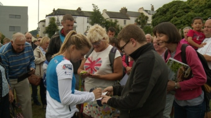 Crowds gather for a chance to meet Hannah Mills