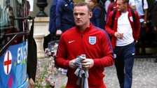 Wayne Rooney to continue as England captain