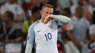 Keeping Man United forward Wayne Rooney as captain was easy decision - Sam Allardyce