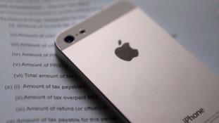 Apple ordered to pay 13 billion euros in Irish taxes