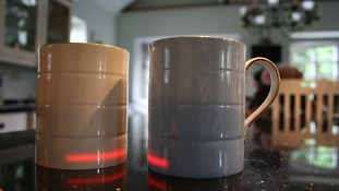 Inventor creates mug that keeps drinks at 'perfect temperature' for 30 minutes