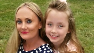Jane Holmes' daughter Maisie with the daughter of her organ donor, Ella Murtha.