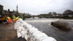 £12.5m to be spent on new temporary flood defences