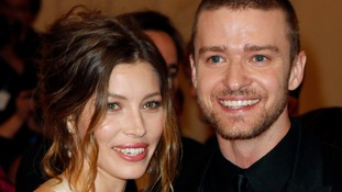 Actress Jessica Biel and singer Justin Timberlake arrive at the Metropolitan Museum in 2010