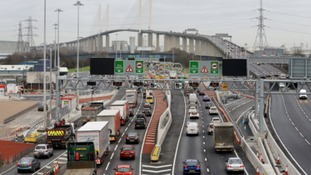 M25 Dartford- Travel advice from Highways Agency during barrier repairs