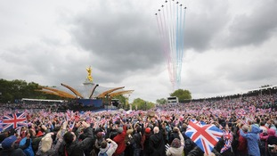 Crowds in front of Buckingham Palace during Diamond Jubilee celebrations