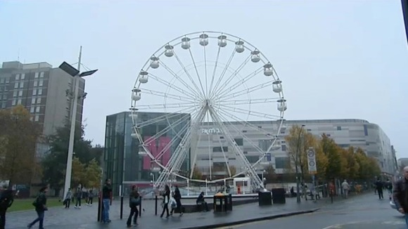 Luton&#x27;s giant wheel