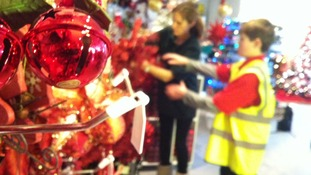Staff packing decorations