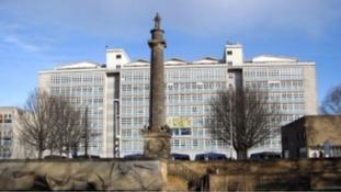 Strike ballot over fresh job cuts at Hull College