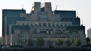 MI6 'to hire 1,000 more spies by 2020'