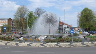 'Dandelion Fountain' roundabout in Nuneaton voted best in the country