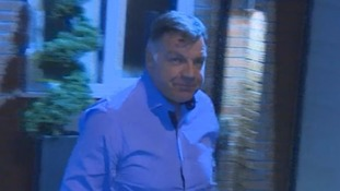 Allardyce offers 'sincere apology' after newspaper allegations