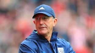 West Ham manager Tony Pulis: Sunderland boss Davis Moyes needs to adapt to save them
