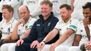 Warwickshire director of cricket Dougie Brown (centre) with Jonathan Trott (left) and Ian Bell (right)