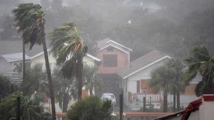Hurricane Matthew beats down on Florida