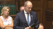 Coservative former disabilities minister Justin Tomlinson makes an apology to MPs in the House of Commons.
