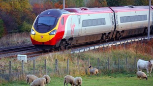 Report finds West Coast rail franchise process 'flawed'