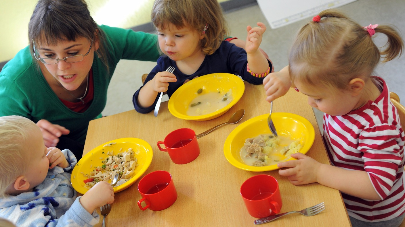 Fussy Eating How To Get Your Child To Eat Different Foods