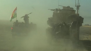 Kurdish Peshmurger forces advance towards Mosul.