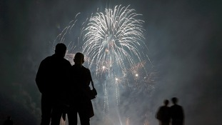 Police ban fireworks from Primrose Hill on Bonfire Night.