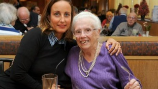 87-year-old woman trapped in bath for four days rescued after local waitress raises alarm