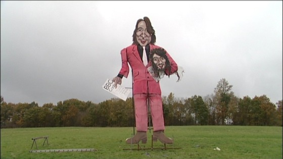 Jonathan Ross and Russell Brand effigy