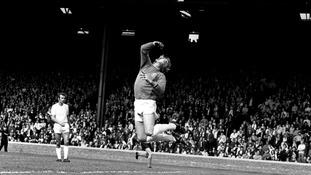 Tributes paid to legendary Leeds United goalkeeper Gary Sprake
