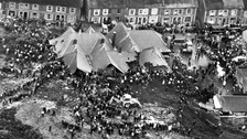 Wales falls silent on 50th anniversary of Aberfan disaster