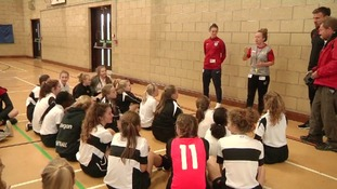 England lioness passes on tips to pupils ahead of friendly