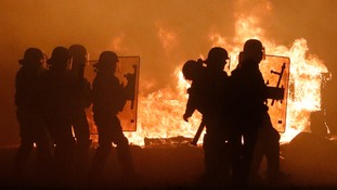 Calais clashes as France prepares to clear 'jungle' camp