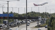Third Heathrow runway 'could be built over M25'