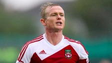 New Wrexham boss dislocates finger on first day in job