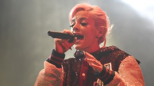 Lily Allen told to 'find an immigrant' by black cab driver who refused her a lift